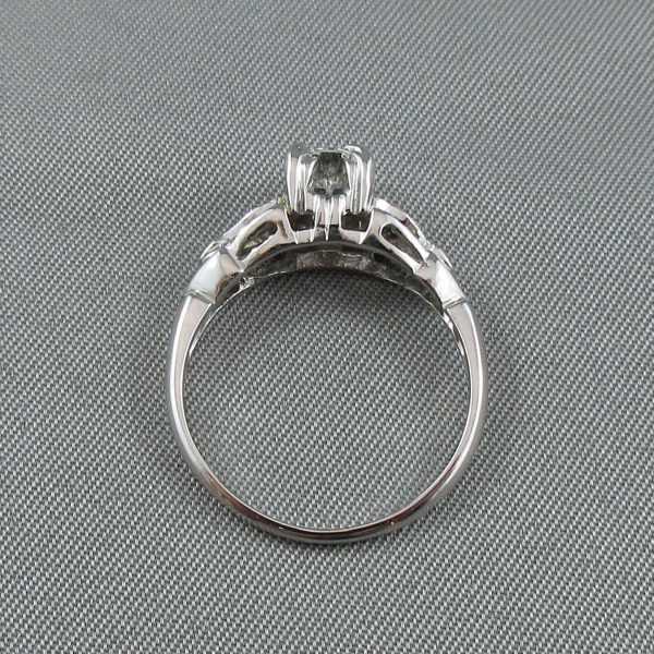 Bague 5 diamants, 18K or blanc B5277-3