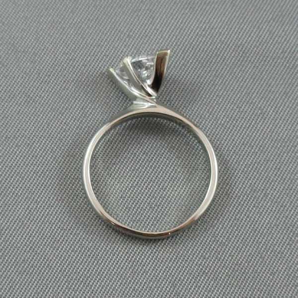 Bague Diamant marquise, 18K or blanc B5792-3