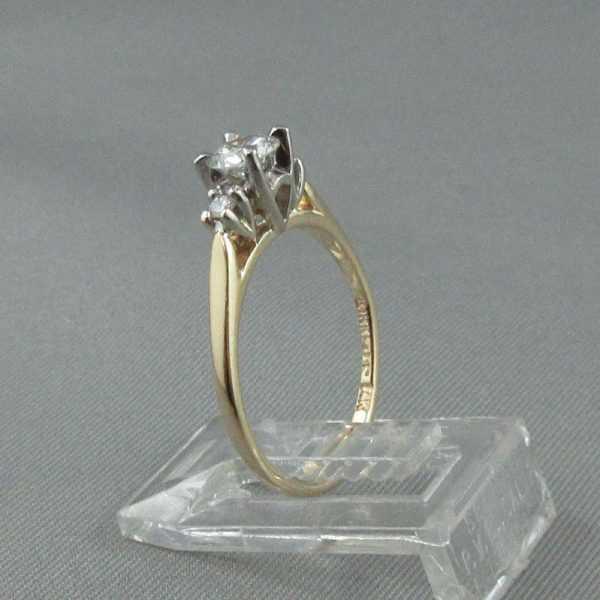 Bague 3 diamants 14K B5943-2