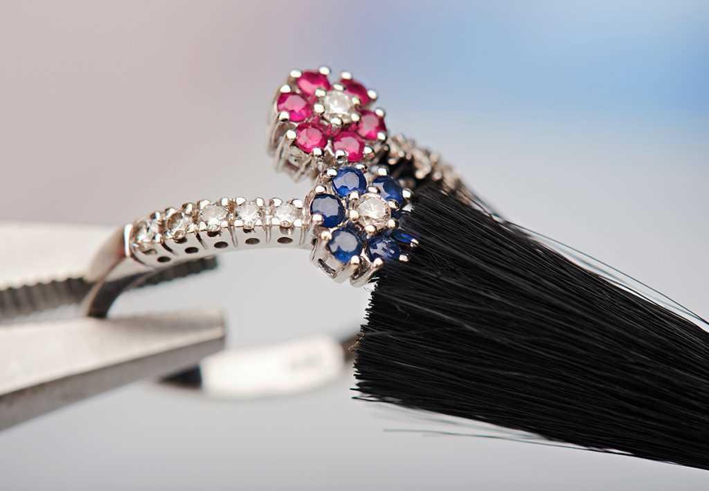 Nettoyage de bijoux