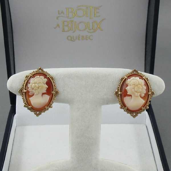 Boucles d'oreilles camée coquillage, 10K jaune, B6428-1