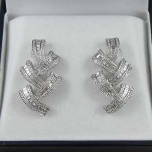Boucles d'oreilles 375 diamants, 18K blanc, B6437-1