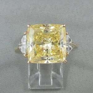 Bague, zircons cubiques, 10K jaune, B6595-1
