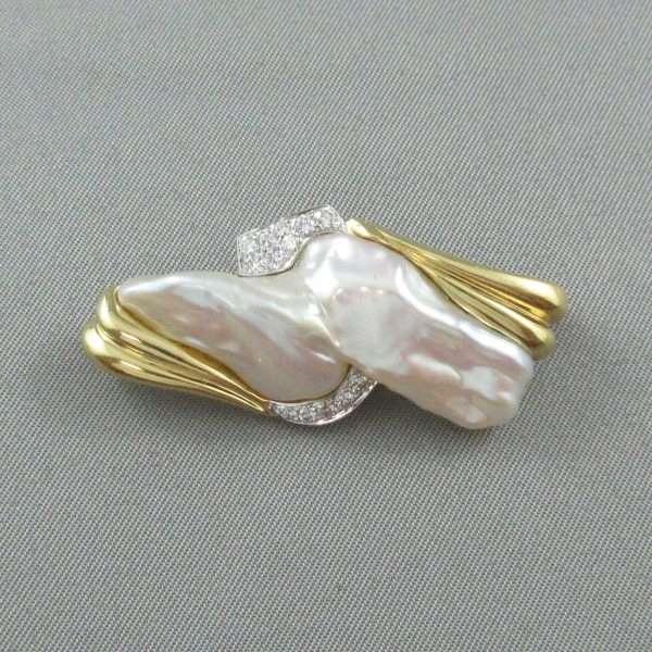 Broche/Pendentif perle d'eau douce et diamants, 18K, B6610-1