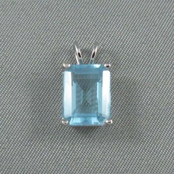 Pendentif Topaze bleue, 14K blanc, B6627-1