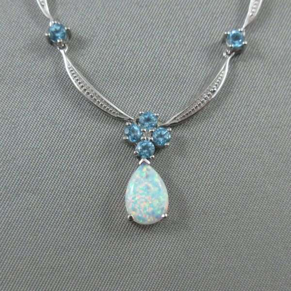 Collier Opale synthétique, Topazes bleues et diamant, 10K blanc, B6109-2