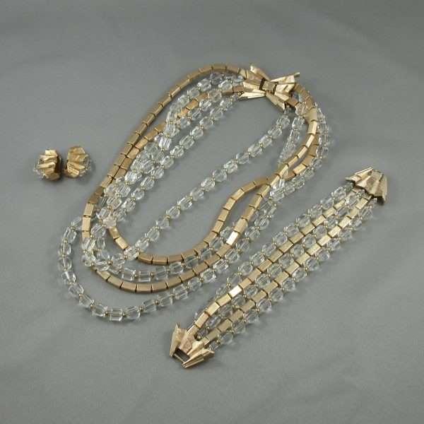 Ensemble (collier, bracelet et boucles d'oreilles), NAPIER, B6646-1