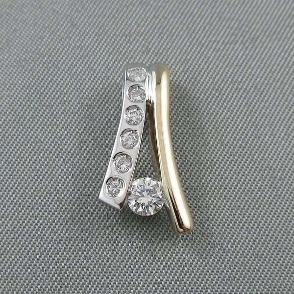 Pendentif 7 diamants, 14K, B6505-1