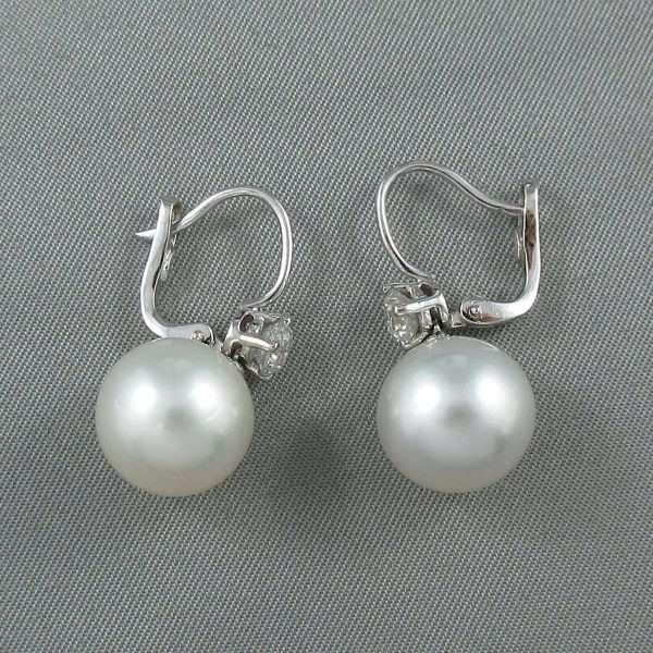 Pendants d'oreilles Perles des mers du sud et diamants, 18K blanc, B6807-3