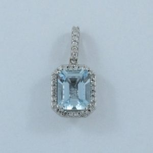 Pendentif Aigue-marine et diamants, 14K blanc, B6921-1