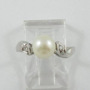 Bague, Akoya et diamants, 14K blanc, B7103-1