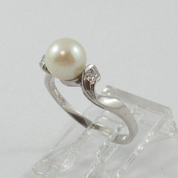 Bague, Akoya et diamants, 14K blanc, B7103-2