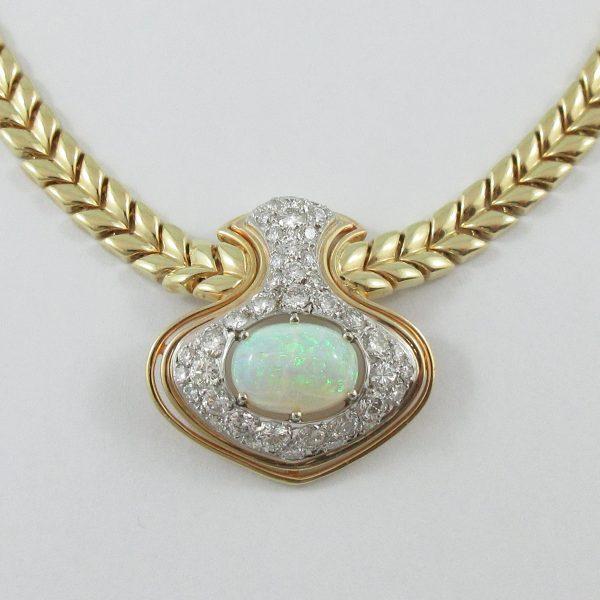 Collier, opale blanche et diamants, 14K, C3144-2
